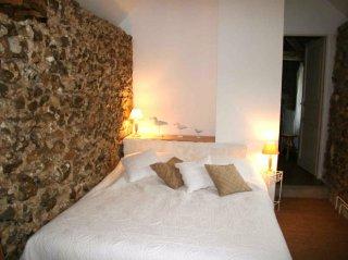 le pressoir -double room- moulin de lonçeux-bed and breakfast