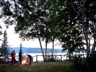 Fire camp Bord de la Baie