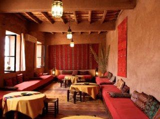 Tea Room Hotel Kanz Erremal