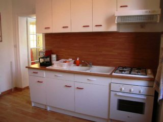 self-cattering cottage-kitchen-moulin de lonceux-eure et loir-chartres