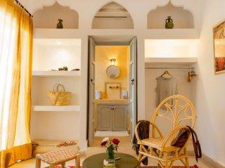 accès salle d'eau  riad chamali médina marrakech maroc
