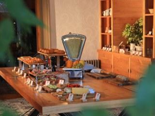 Qualys Aurillac Inter-Hôtel - Petit-déjeuner