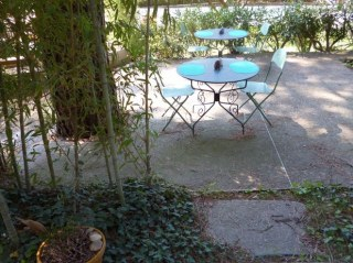 La grande terrasse de notre jardin