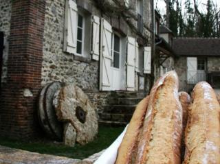 moulin de lonceux-fabrication de farine et de pain-garnet-baguettes fraîches