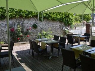 terrasse-hotel-restaurant-cochon-dor-Beuzeville-Normandie