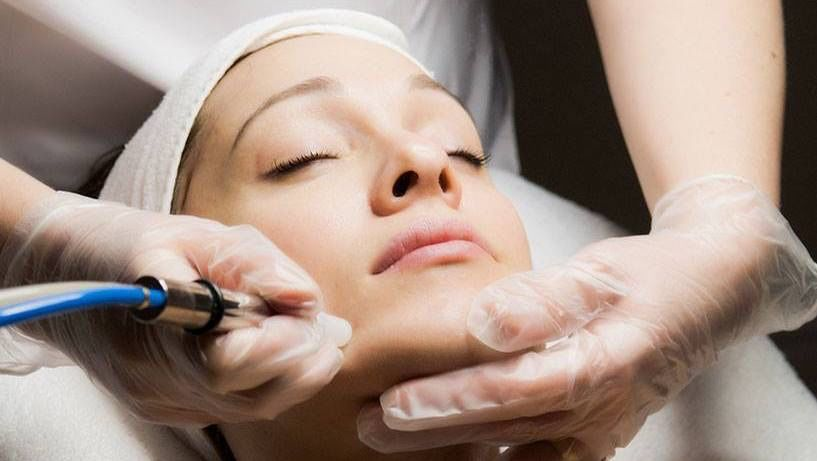 microdermabrasion-clinique-catherine-jonquiere-2