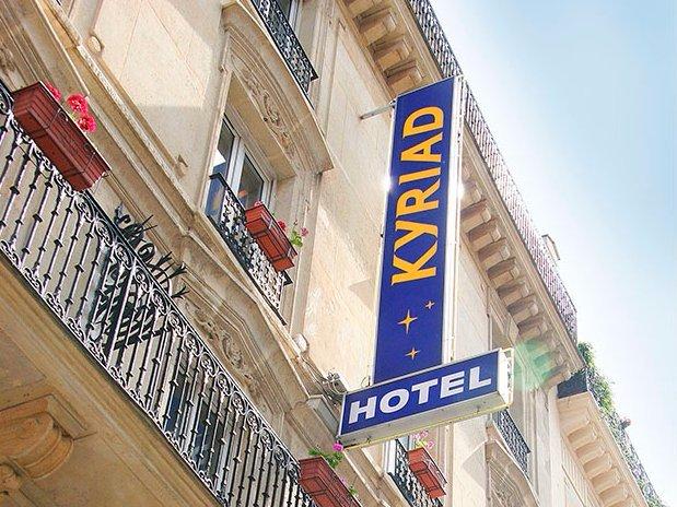 kyriad hotel paris 13 place d'italie gobelins