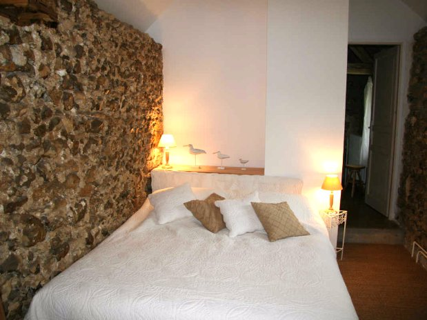 le pressoir -double room- moulin de lonçeux-bed and breakfast
