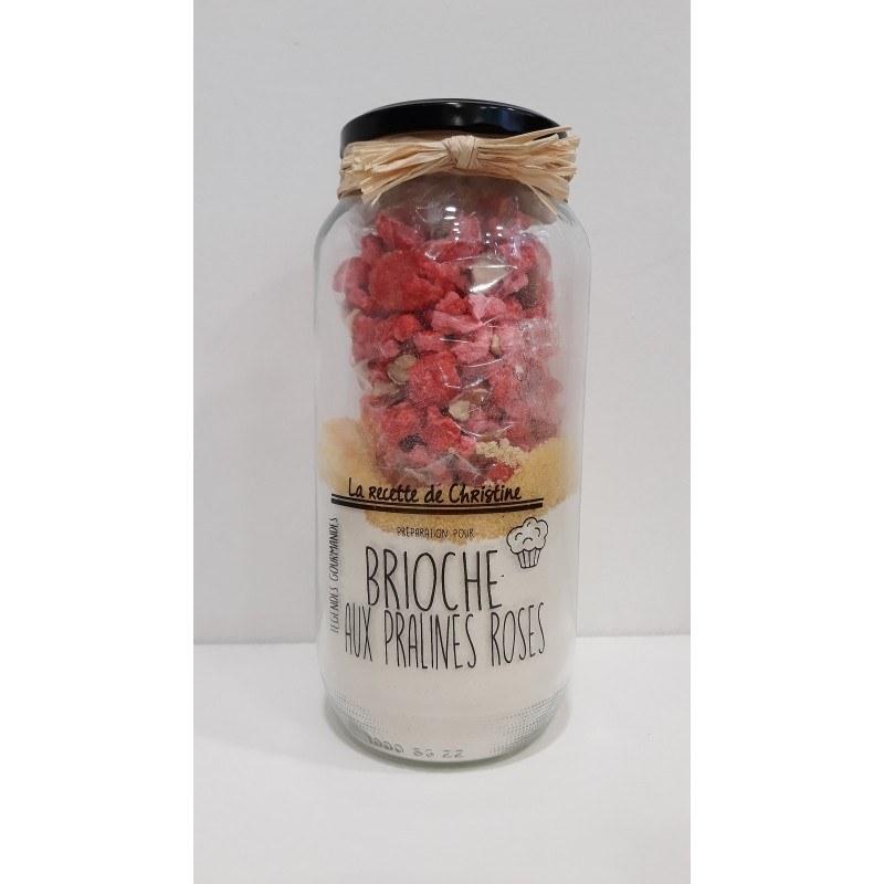 preparation-pour-brioche-aux-pralines-roses