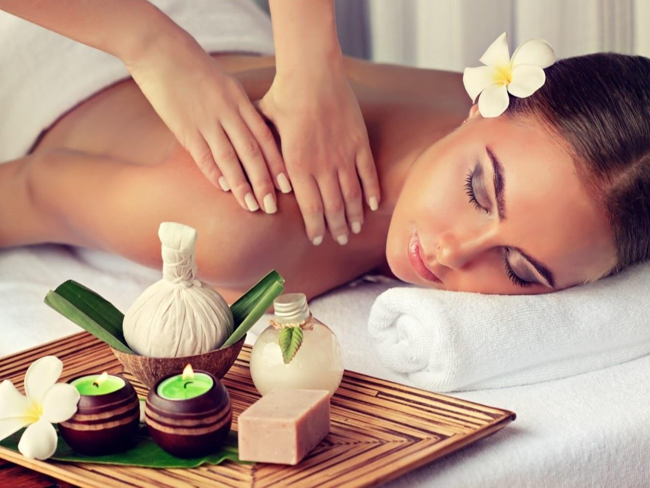 spa-tarn-et-garonne-estheticienne-beaumont-eveil-des-sens-femme-massage-soin-fleur-feuille-bougie