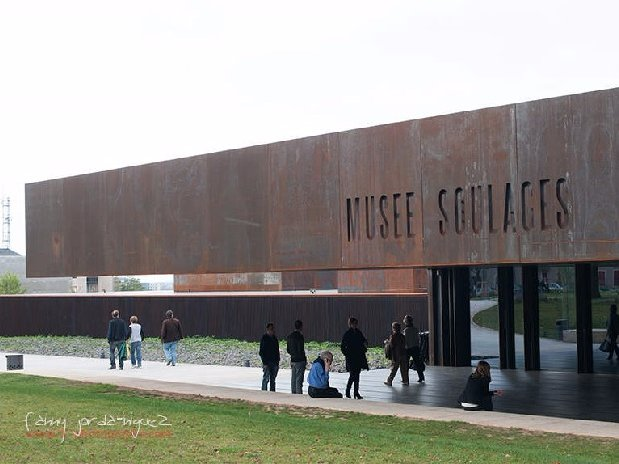 Rodez musee Soulages