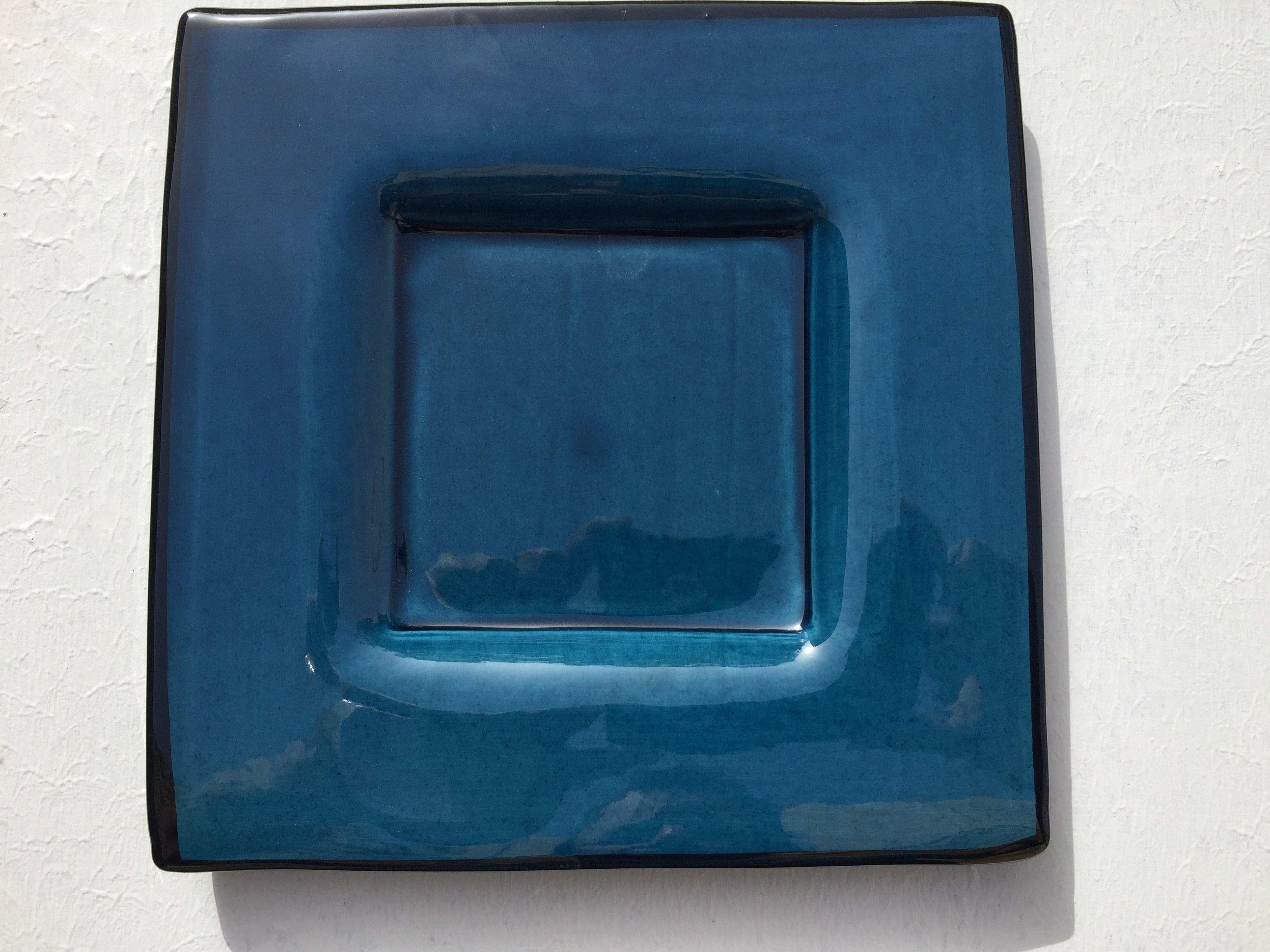 Assiette faience bleue carré