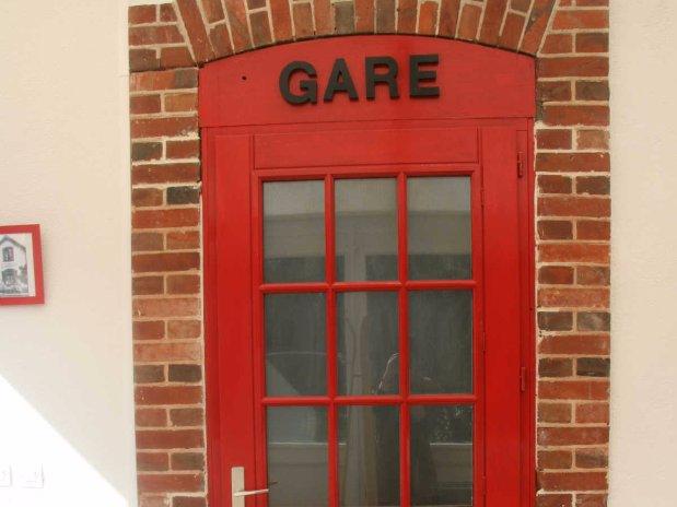 le gîte de la petite gare-hébergement-chambre d'hôtes-garnet-eure et loir-porte gare