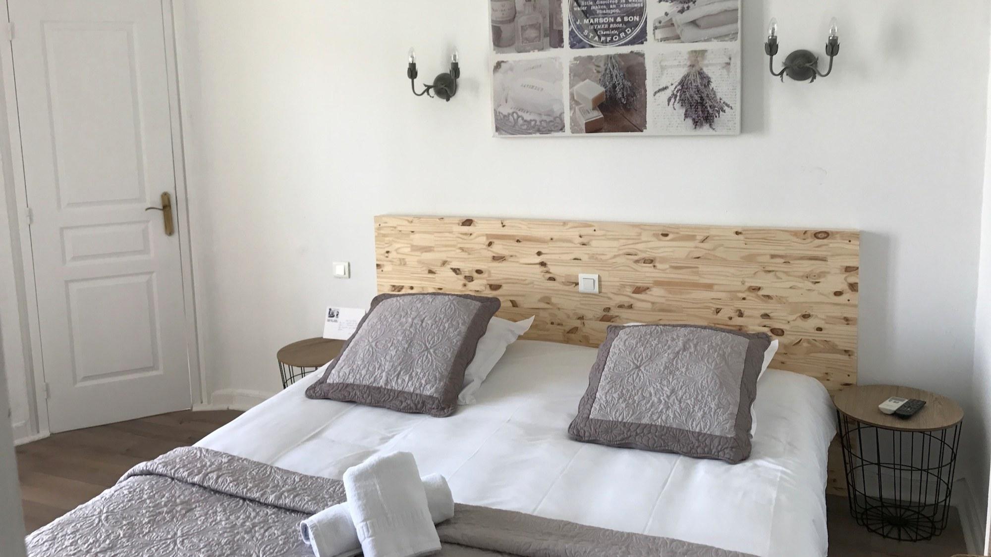 Chambre double Confort Hotel Alexandra Antibes Juan les Pins Côte d'Azur