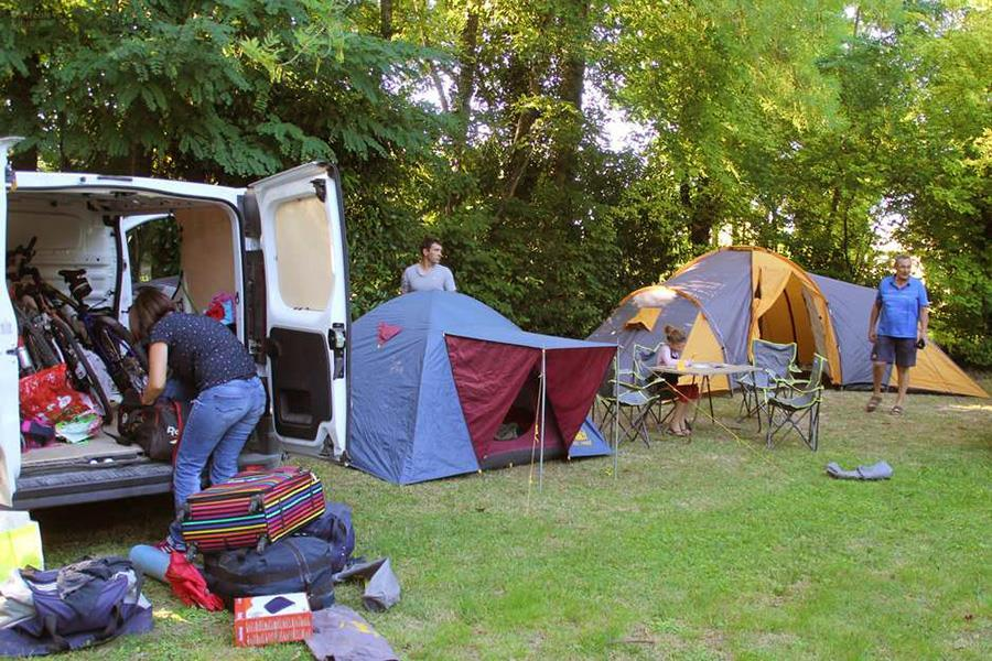 camping-charente-16-emplacements-tente