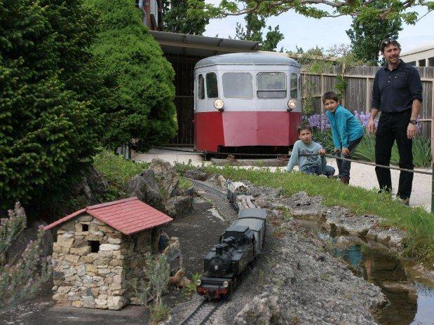 jardin miniatures camping de Retourtour 3 étoiles rivière ardèche