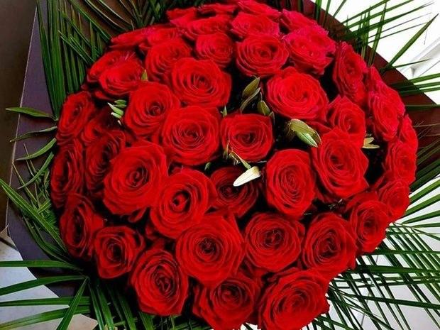 bouquet de roses rouges Au jardin d'Alice à Bourgoin-Jallieu et Nivolas-Vermelle en Isère : boutique de fleurs