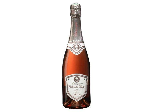 gite-champagne-baroville-la-clemenceraie-bouteille