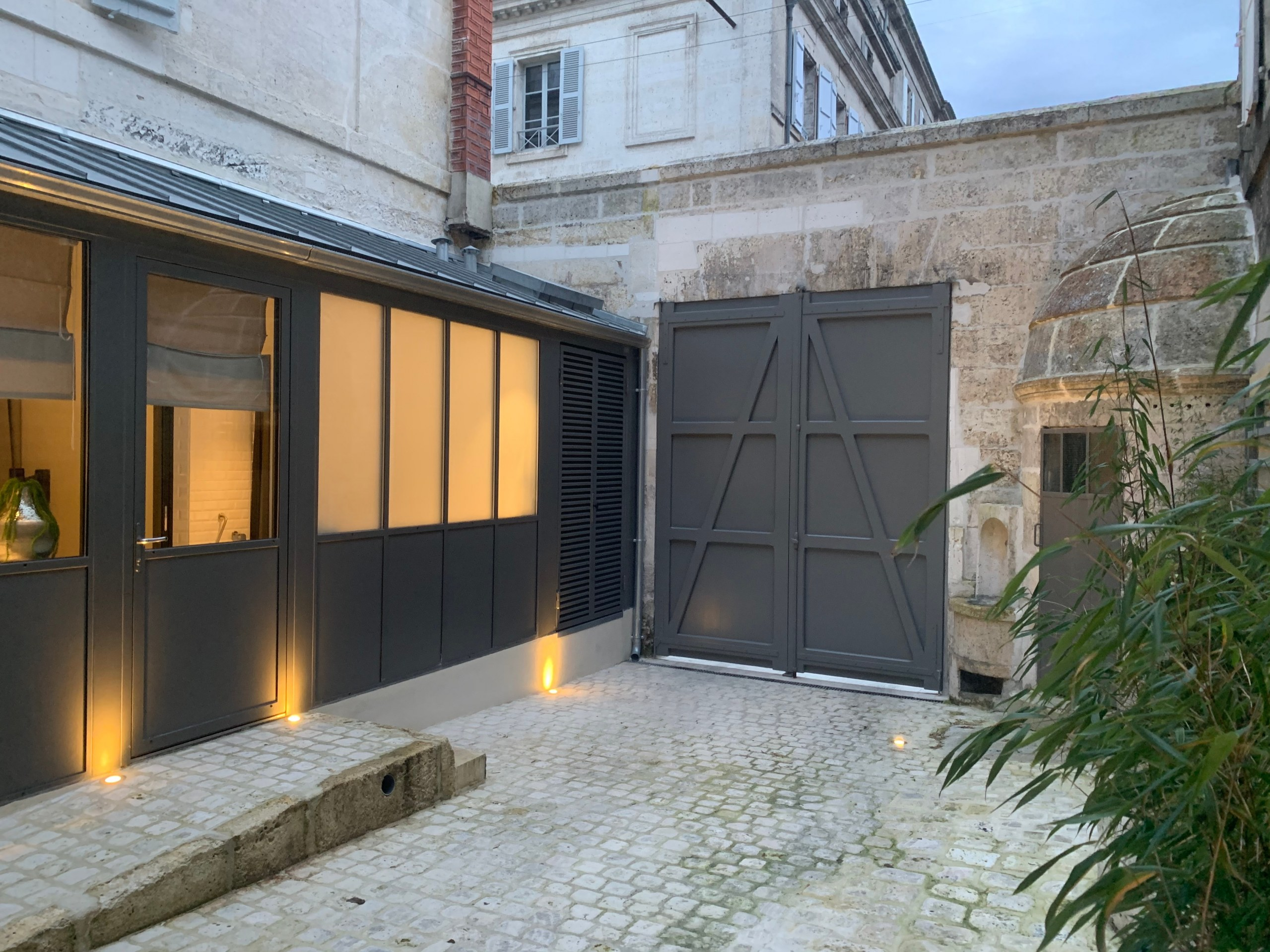appart-hotel-angouleme studio 1 cour