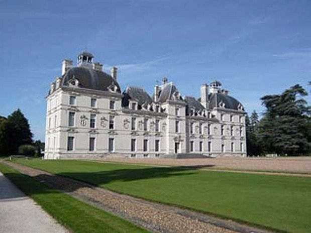 hotel-blois-centre-anne-de-bretagne-chateaux-de-la-loire-cheverny-musee-tintin-