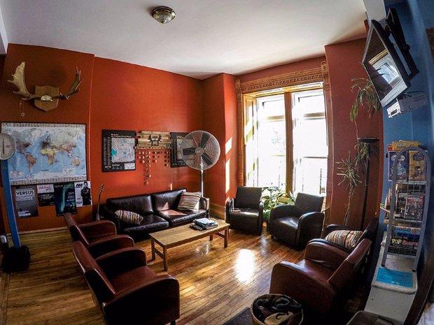 living room Auberge Gîte du Plateau Mont-Royal