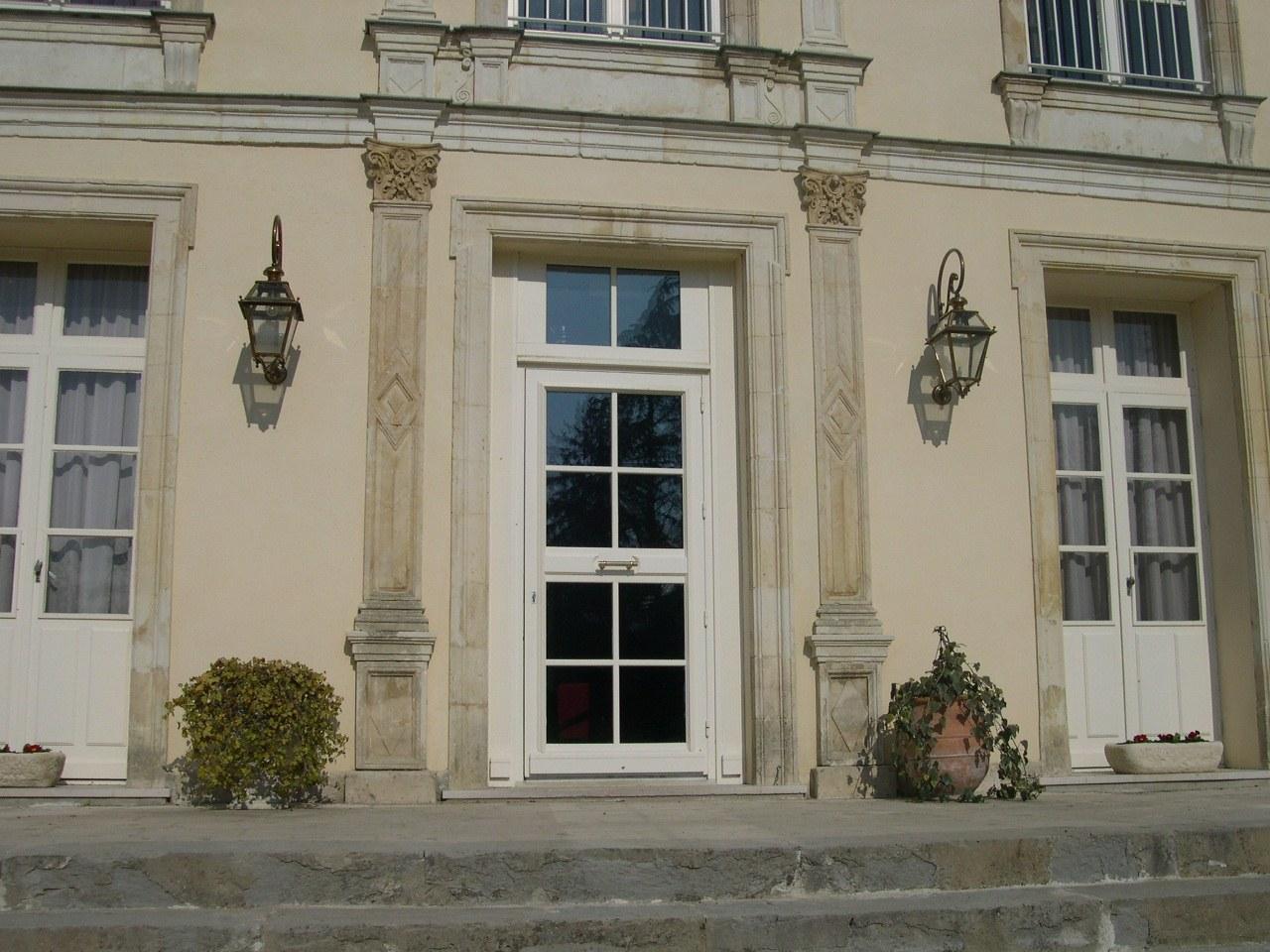 portes extérieures - entrées-72
