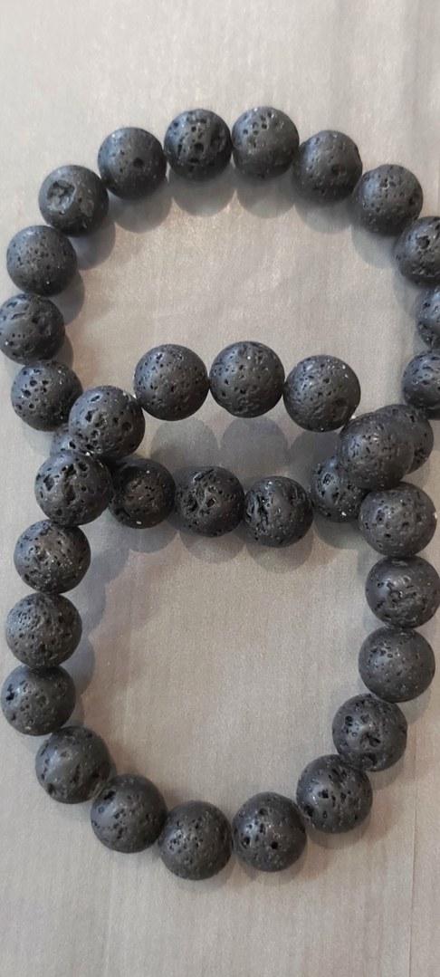 bracelet-pierre-de-lave-2-min