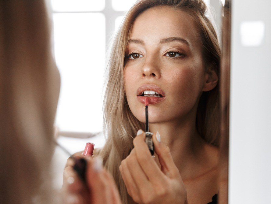 Base et repulpeur de lèvres