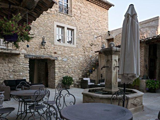 Court Maison Hôtes Provence Relax