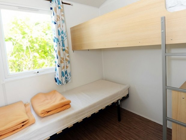 CAMPING L OLIVIER - SOMMIERES - NIMES – BUNGALOW TOILE TITHOME GARD