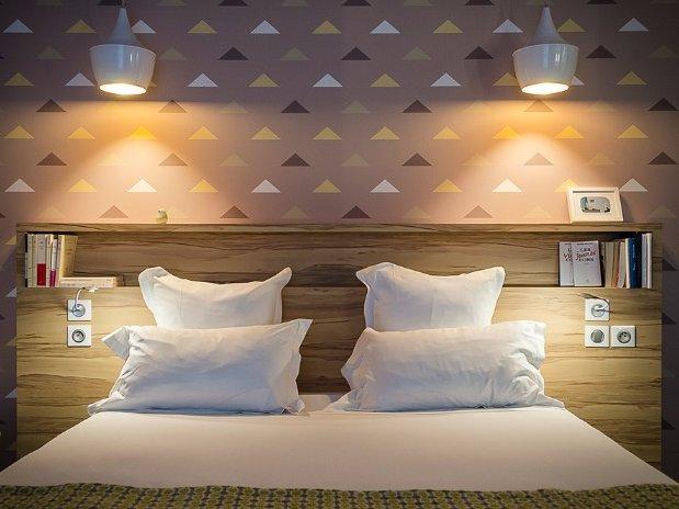 Lit chambre de Fred Hotel Marin Laval