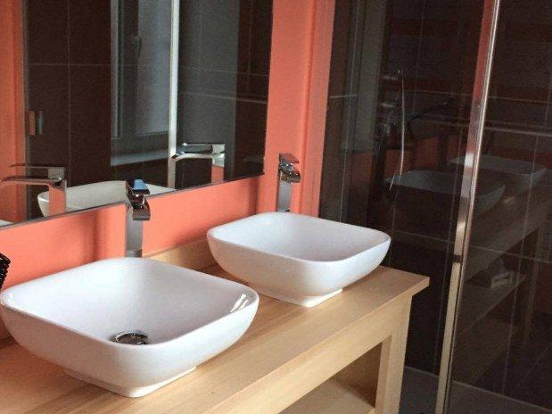 salle de bain chambre confort plus Hotel Le Bout du Monde Saint-Four