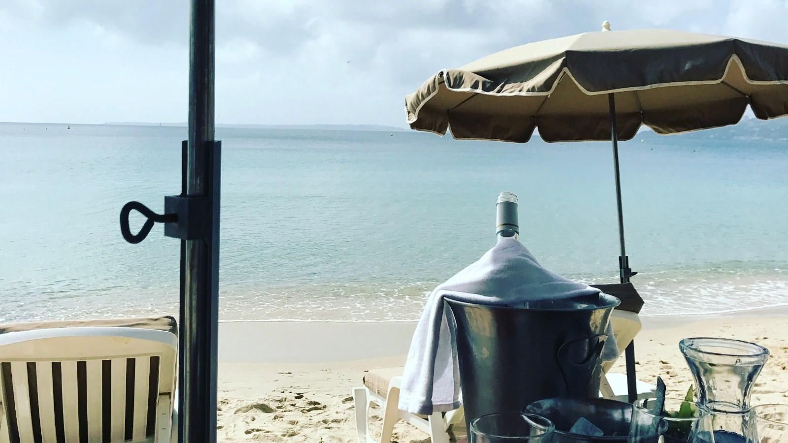 Petit déjeuner plage Juan les Pins Antibes