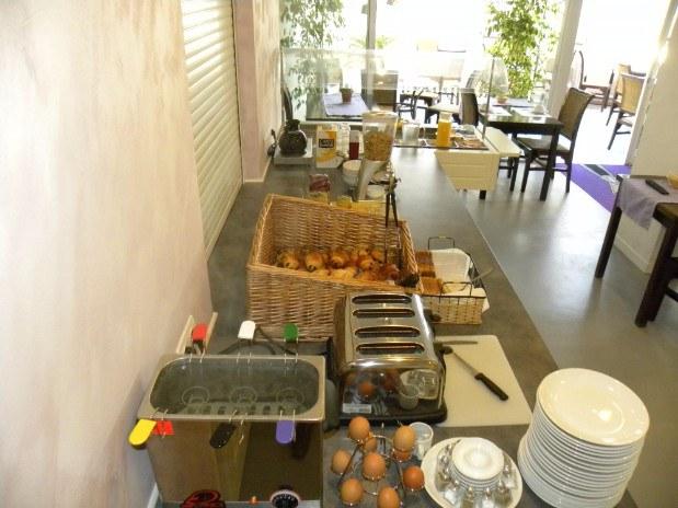 Petit déjeuner Anglade Hotel