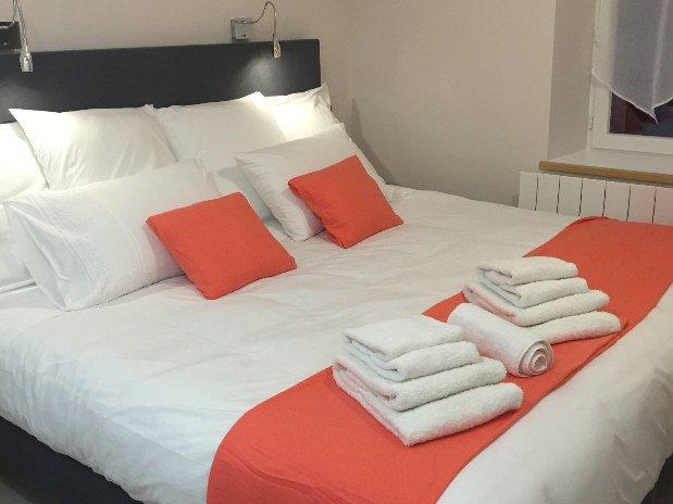 Chambre Suite  hotel le bout du monde Saint-Flour
