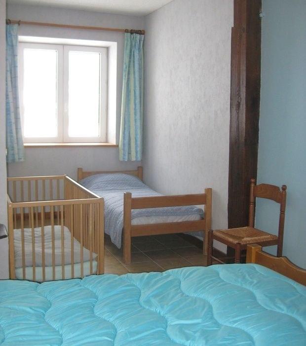 gite-groupe-jura-montjoie-chambre1