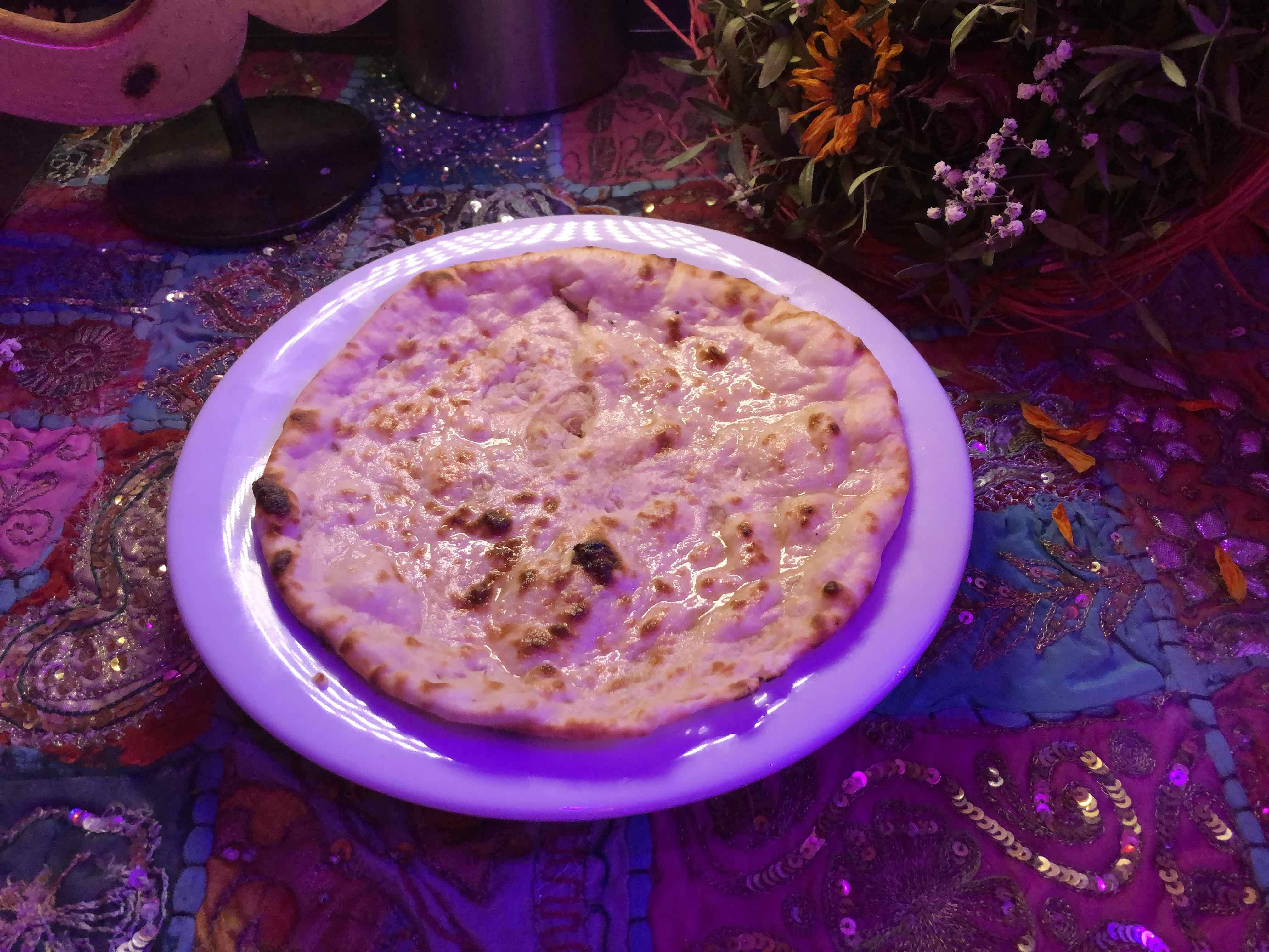 restaurant-indien-nice-garlic-naan