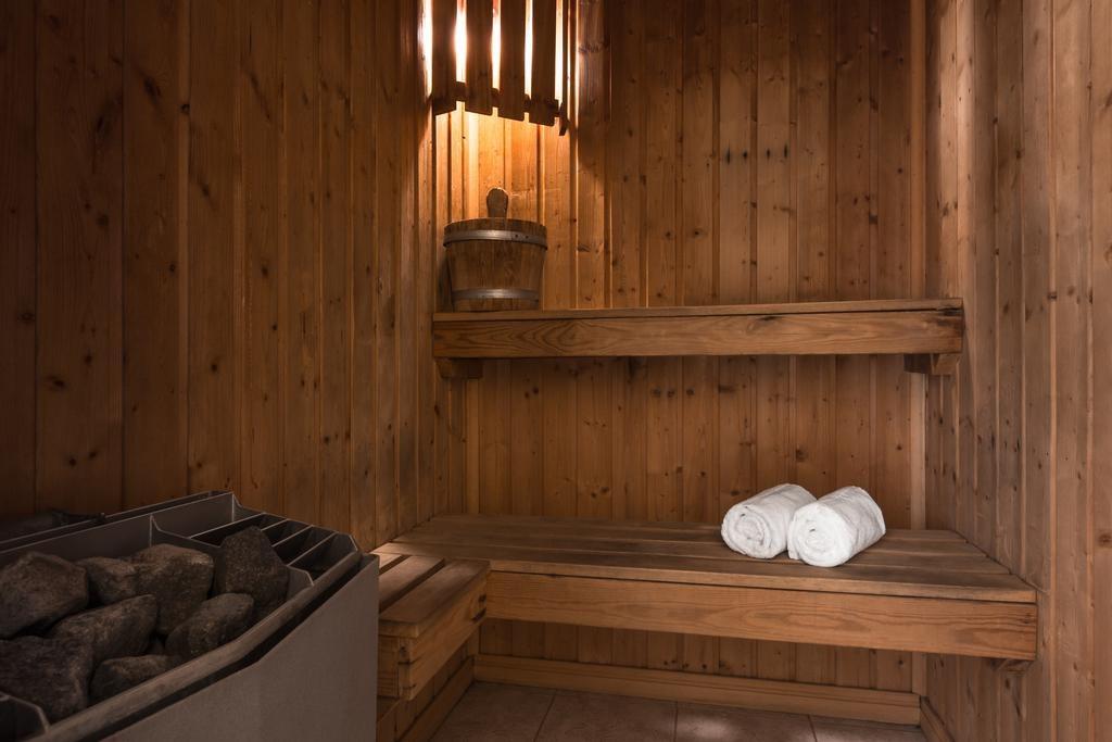Sauna Days Inn