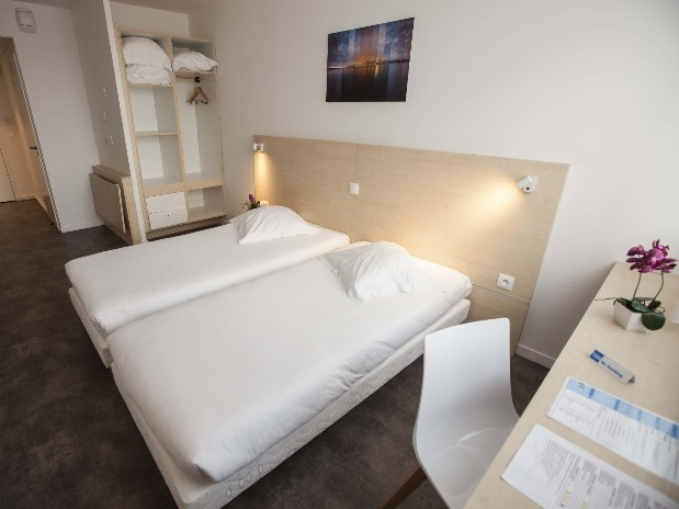 hotel-paris-saint-ouen-chambre-twin