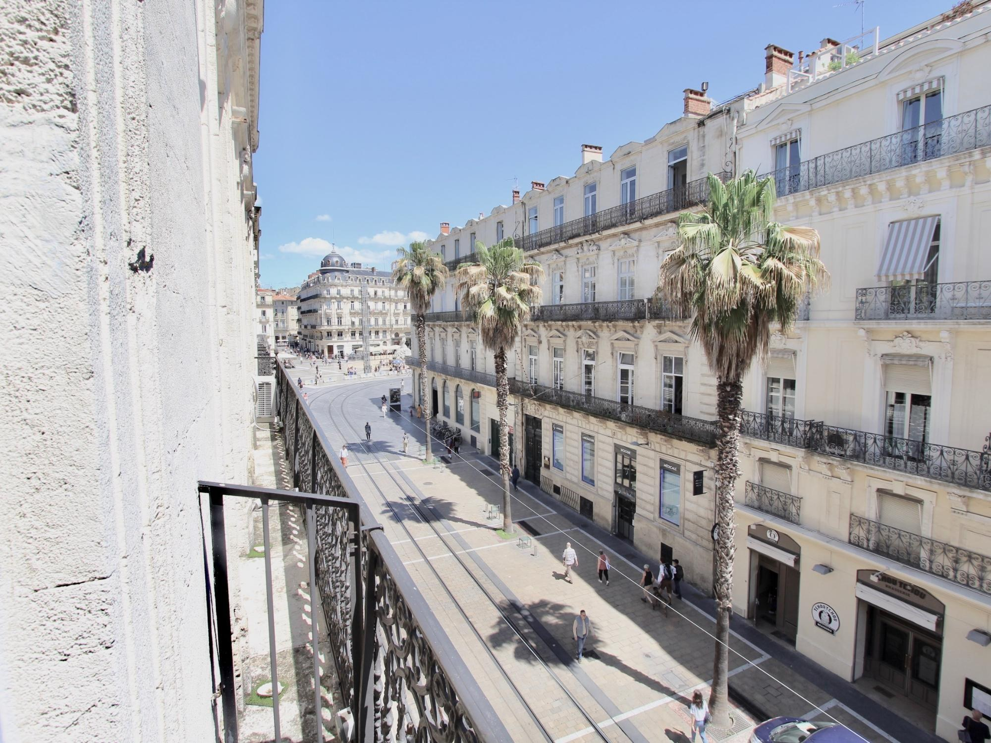 location-salle-reunion-exterieur-coworking-chic-montpellier