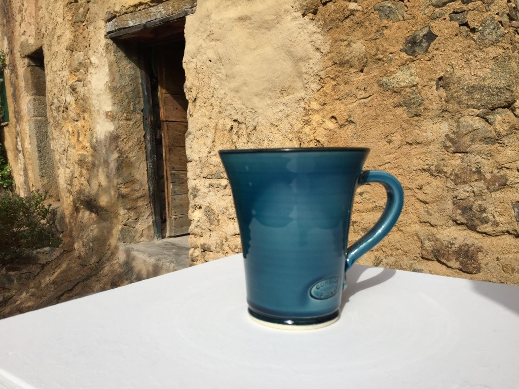 Mug faience bleu