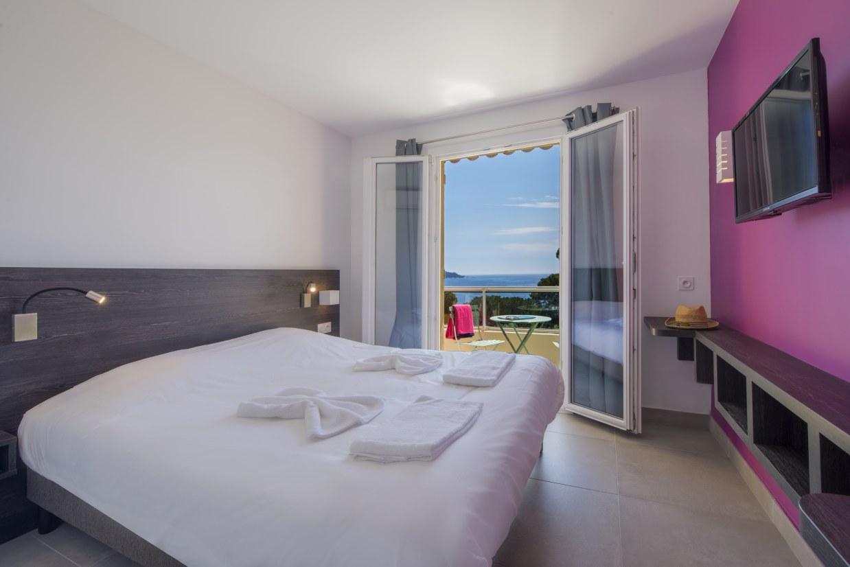 pension complète ussim-vacances-hotel-d'aiguebelle
