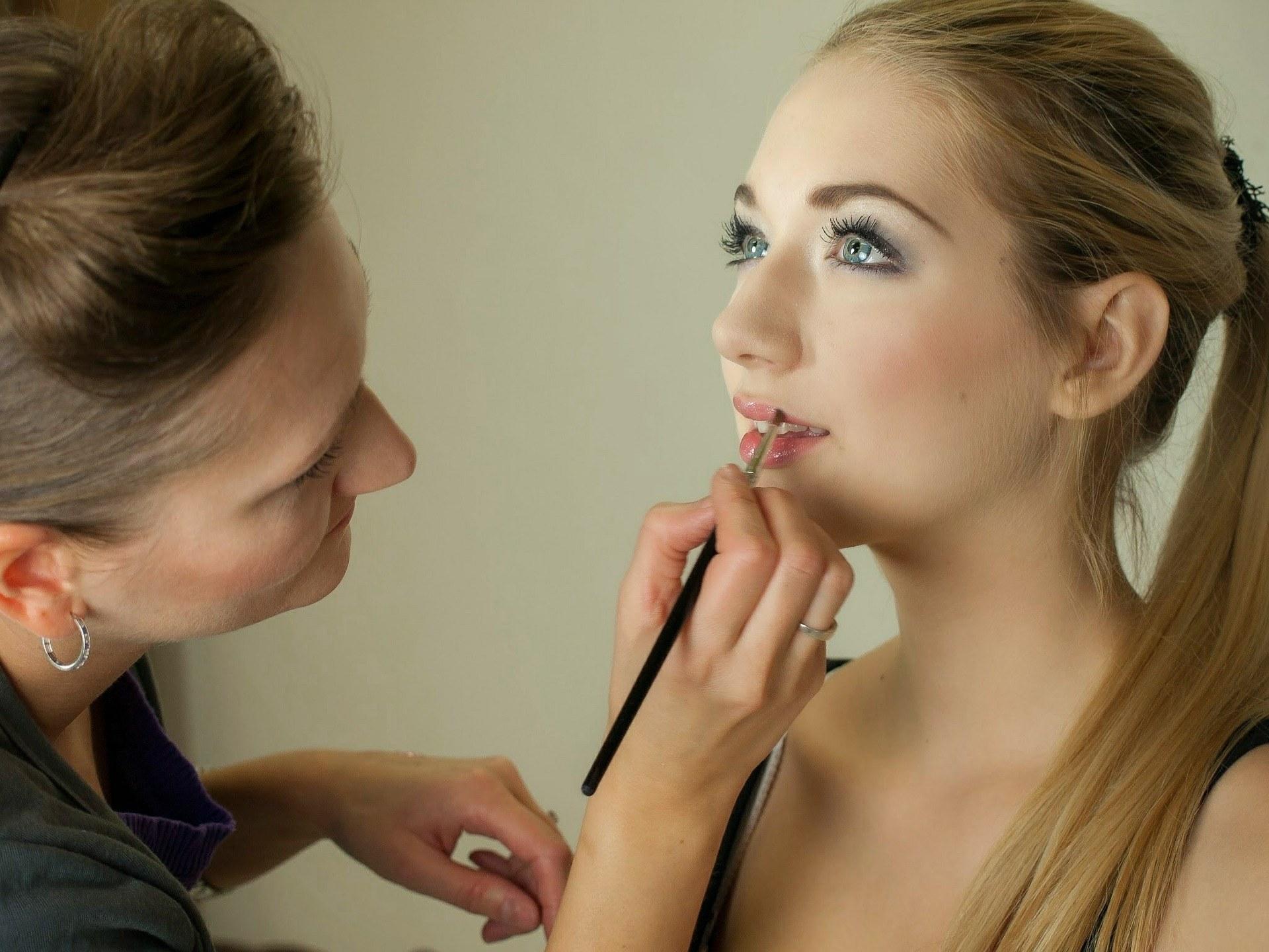 spa-tarn-et-garonne-estheticienne-beaumont-maquillage-cours-femme