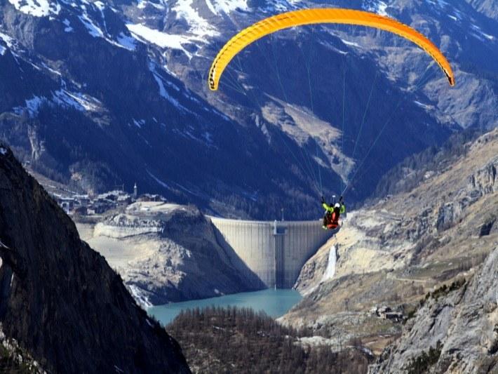 paraglidging - val d'isère