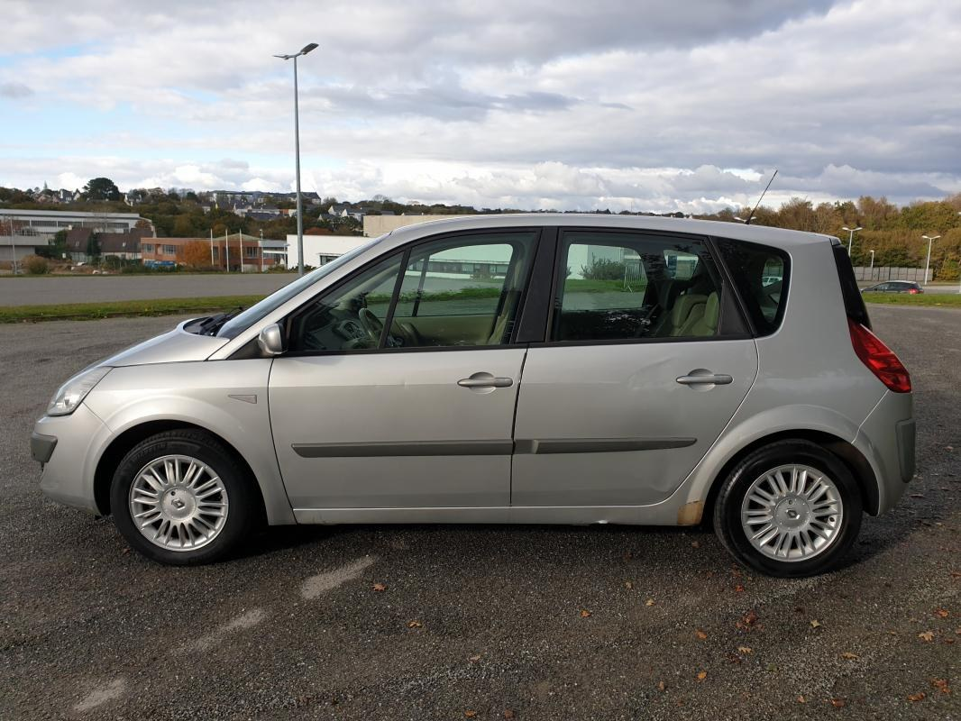 Renault Scénic 1.5 DCI 105 Luxe Privilege