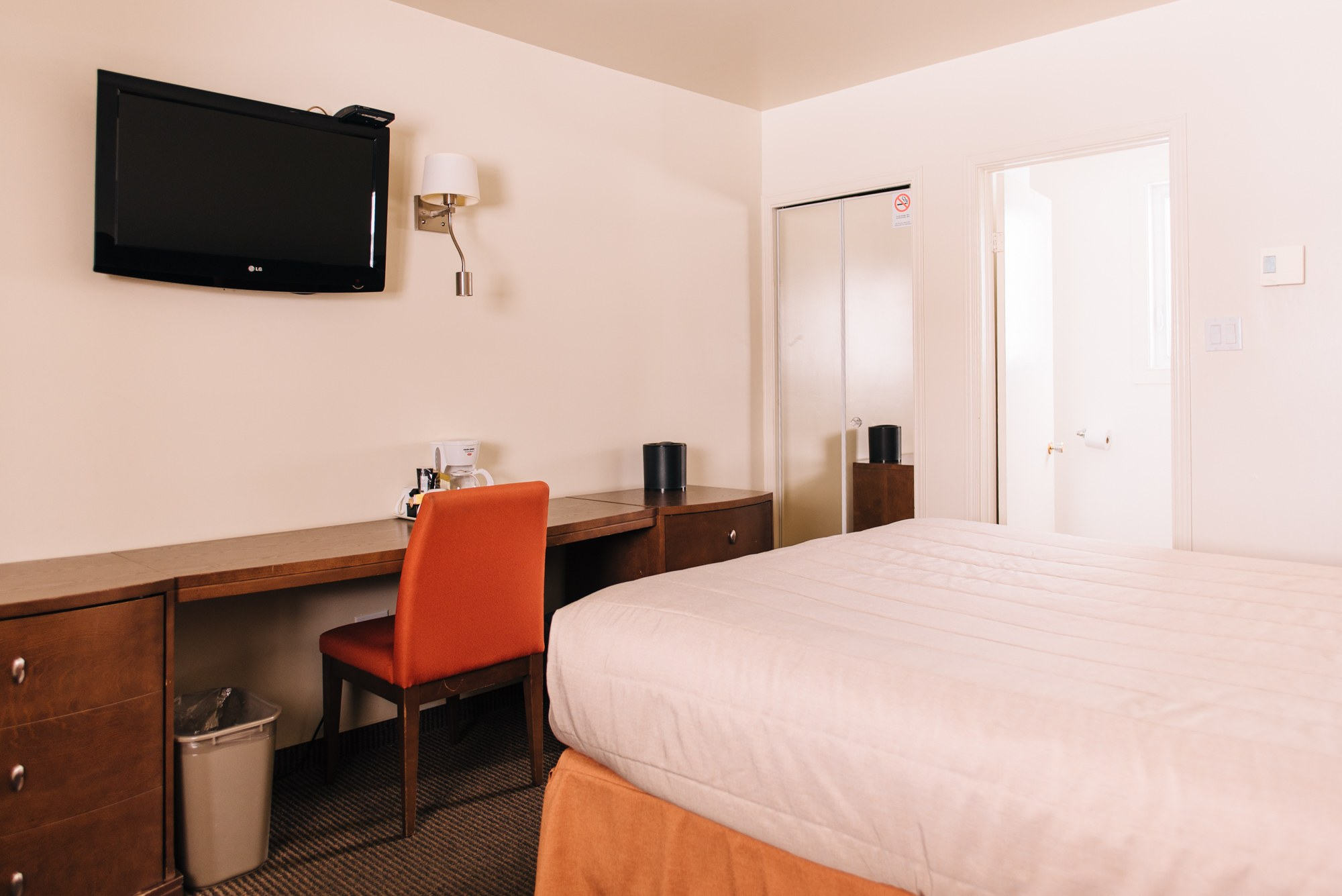 Hotel-centre-ville-rouyn-noranda-standard-1