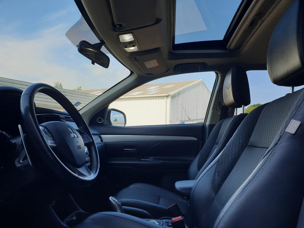 Mitsubishi Outlander PHEV 2.0 HYBRID INSTYLE SPORT
