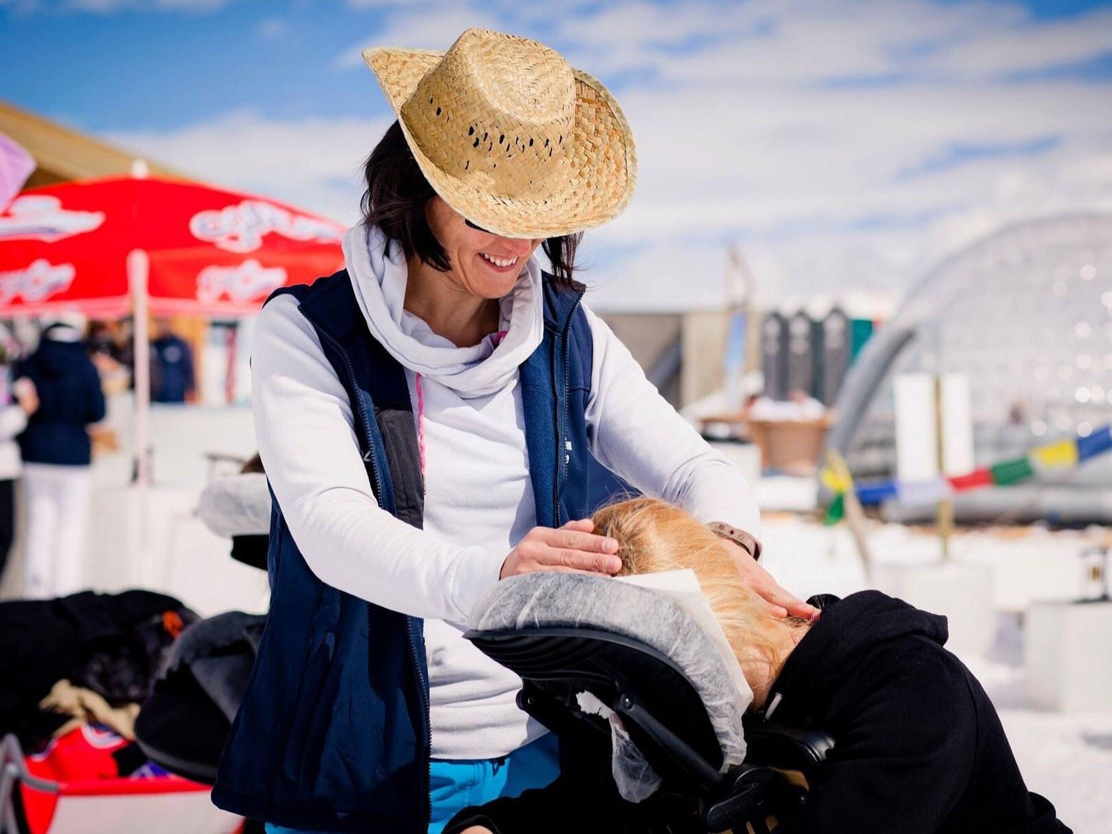 Claire en plein massage