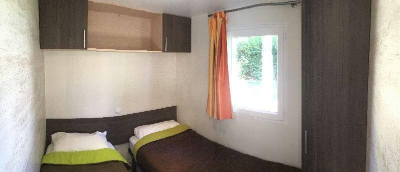 espace confort + chambre camping familial piscine Aveyron lac de pareloup