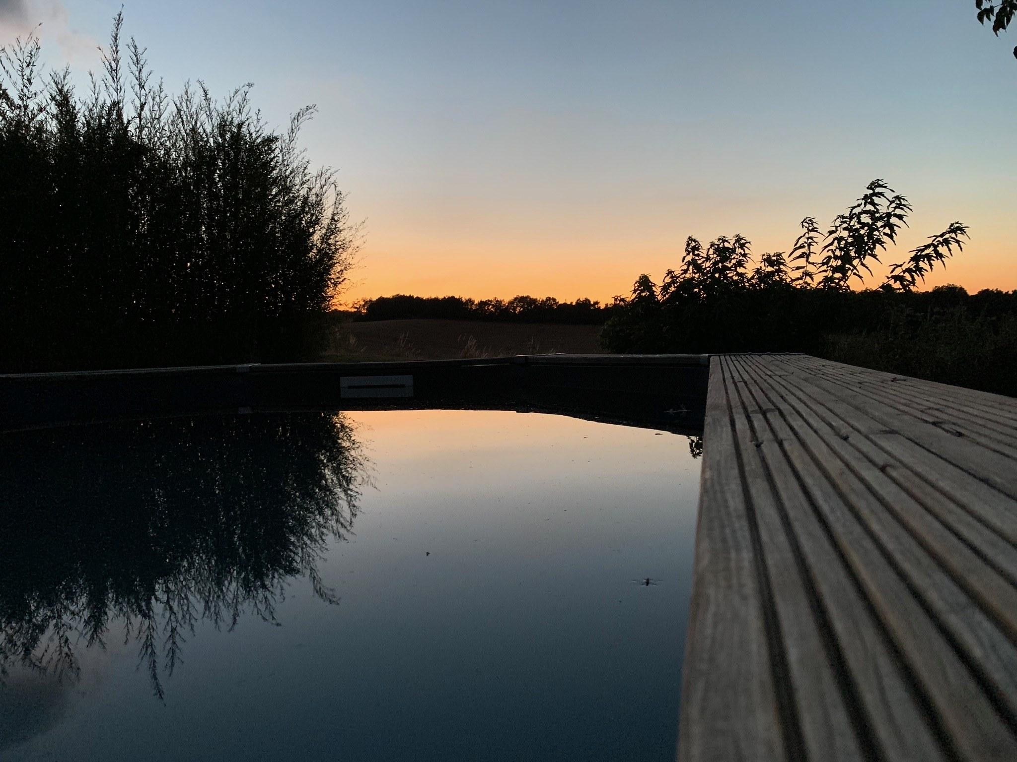 piscine oasis le soir